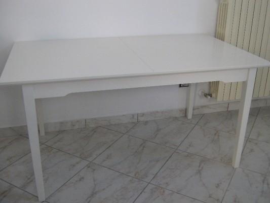 tavolo.jpg